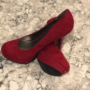 Mossimo Red Suede Platform Pumps